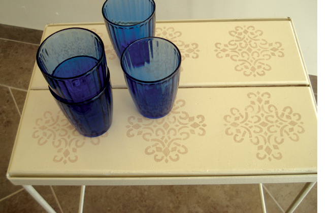 Stencil cocktail table2