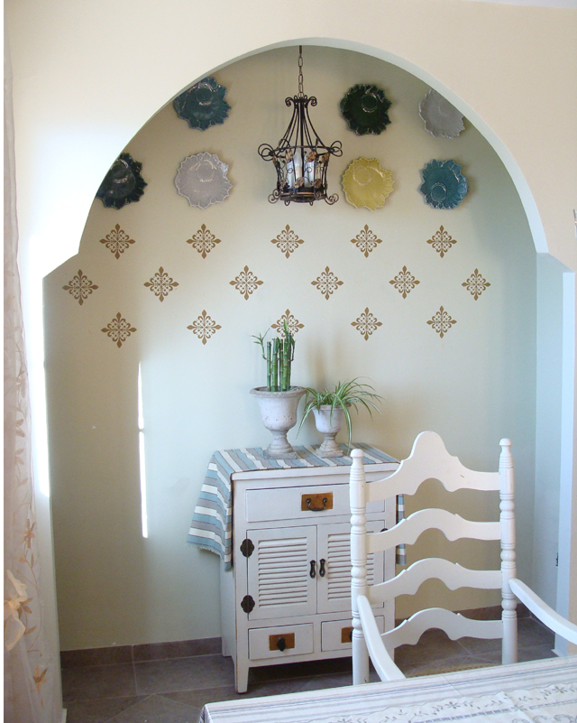 Stenciling With Joint Compound Niche