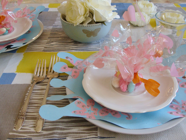 Festive Table Decorations For Your Next Party - creative jewish mom