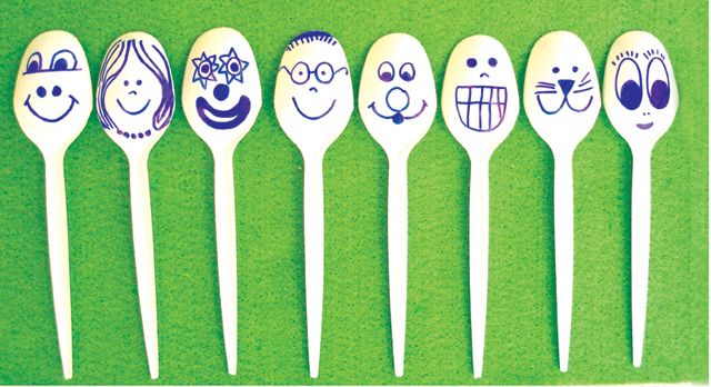 Plastic Spoon Puppets Faces