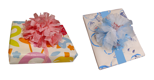 Recycle plastic bags and make unique gift bows creative jewish mom gift wrap pom pom with heavy plastic bag mightylinksfo
