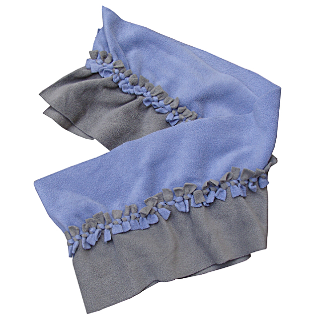 Fleece No-Sew Ruffled Scarf Silhouette