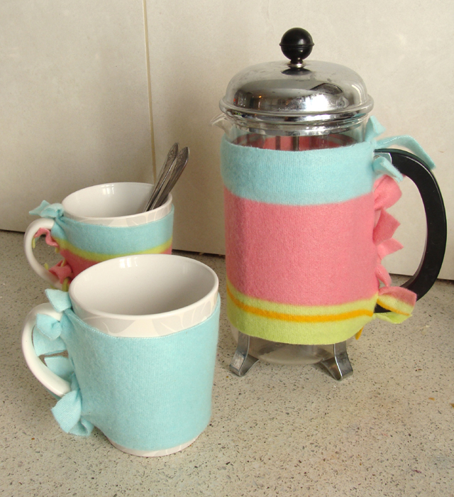 Fleece Coffe Press+Mug Warmers