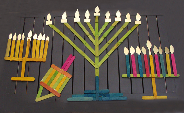 Chanukah Popsiscle Stick Menorah