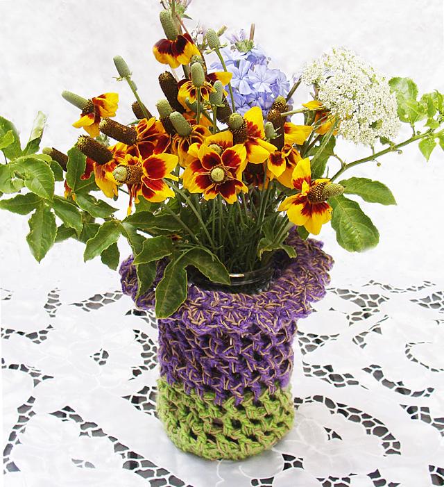 Crocheted Vase Sleeve 2