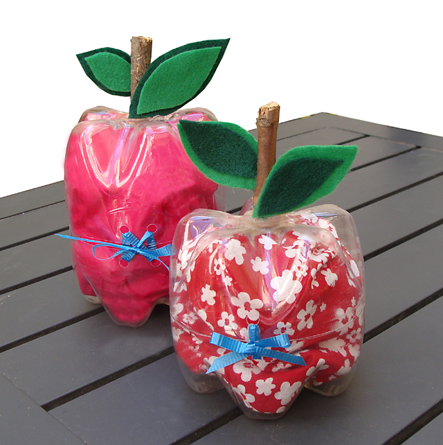 Apple Shaped Boxes
