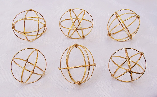 Well known Make Stunning Golden Spheres From Simple Metal Bracelets  YP61