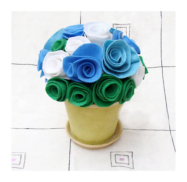 Felt Rose Bouquet-For A Baby Boy!