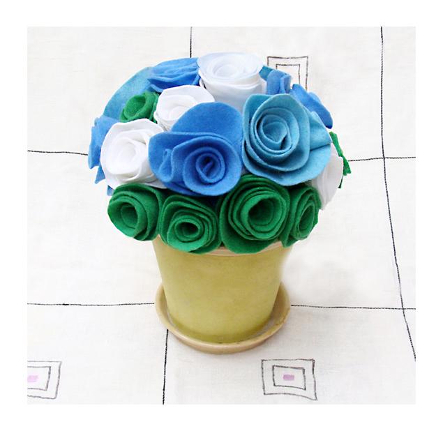Felt Rose Bouquet-For A Baby Boy!