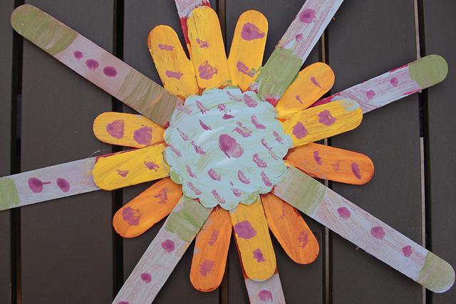 Summer Crafts For Kids Sunburst Popsicle Stick Art Creative