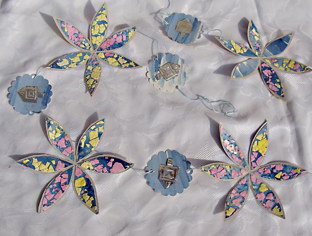 Hanukkah Eggshell Mosaic Stars Bunting
