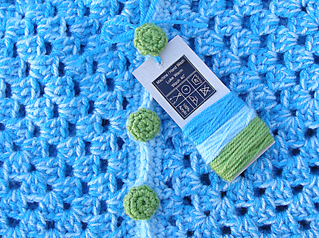 Crocheted Chunky Granny Baby Hex care tag