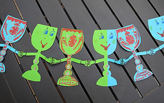 Passover kid's craft paper chain