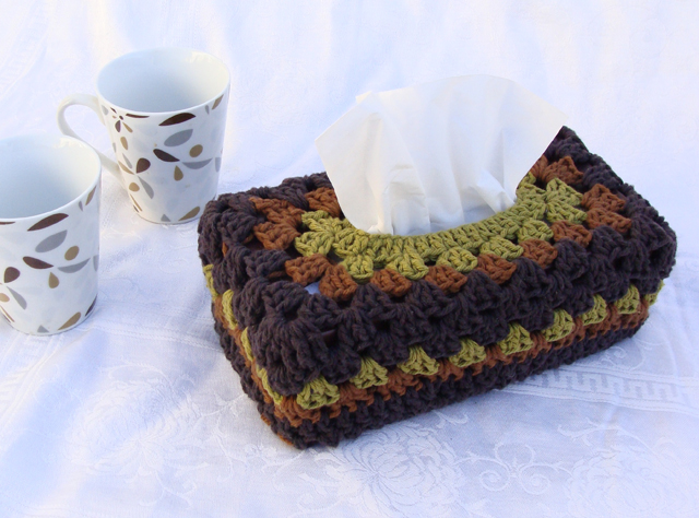 Crocheted Tissue Box Cover 3