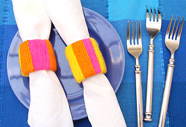 Napkin Rings From Recycled Plastic Bottles & Yarn