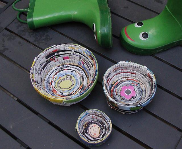 Magazine Page Nesting Bowls & Boots