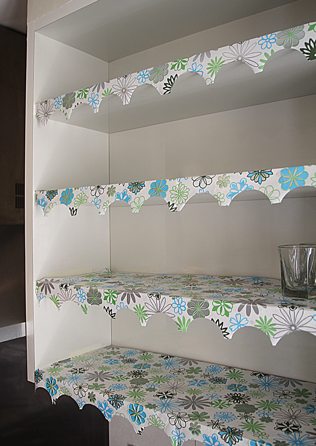 Shelf Lining Paper With Decorative Edge Full View
