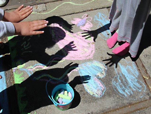 Vacation crafts-sidewalk chalk