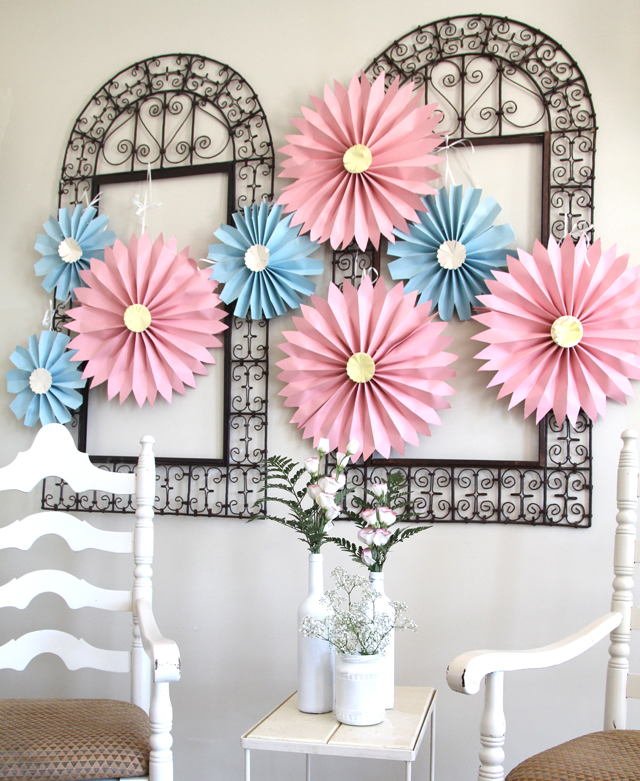 Paper Accordion Rosette Flowers - creative jewish mom
