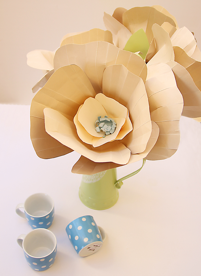 Creative jewish mom paper flowers giant paper flowers mightylinksfo