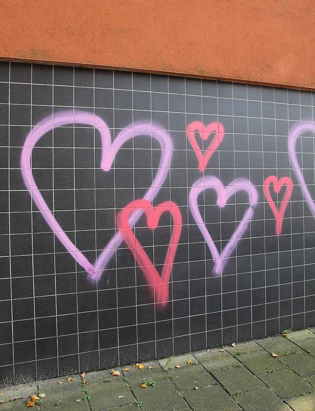Dutch cute heart graffiti
