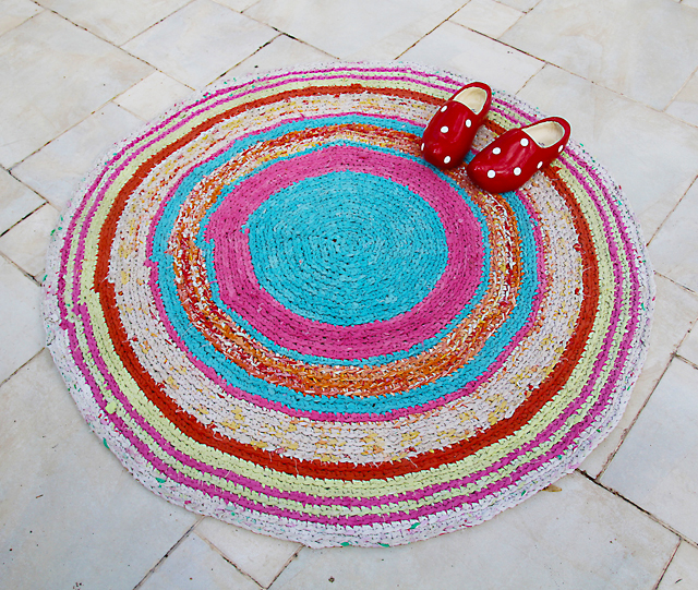 Crocheted Rag Rug From Sheets + Pillowcases