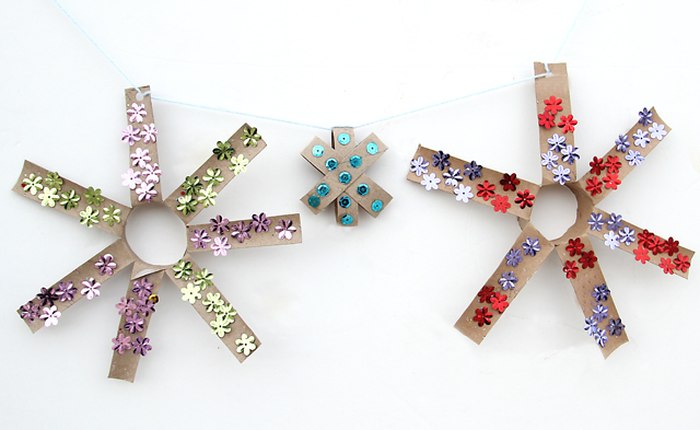 Toilet Paper Tube star garland 4