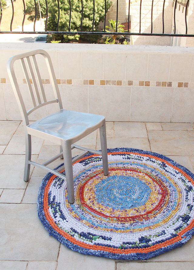 Crocheted Rag Rug blue From sheets with chair