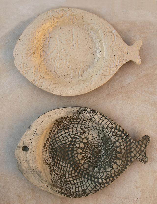 Ceramic Fish Plates With Texture