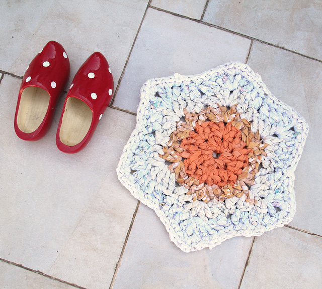 Crocheted Rag Rug Bathmat