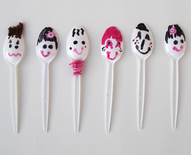 Spoon Puppets Kidu0027s craft  sc 1 st  Creative Jewish Mom & creative jewish mom: Recycled Plastic Cutlery Crafts