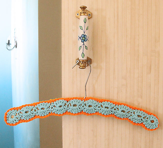 Free Crochet Pattern Coat Hanger Cover : Crocheted Shell Stitch Hanger Cover - creative jewish mom