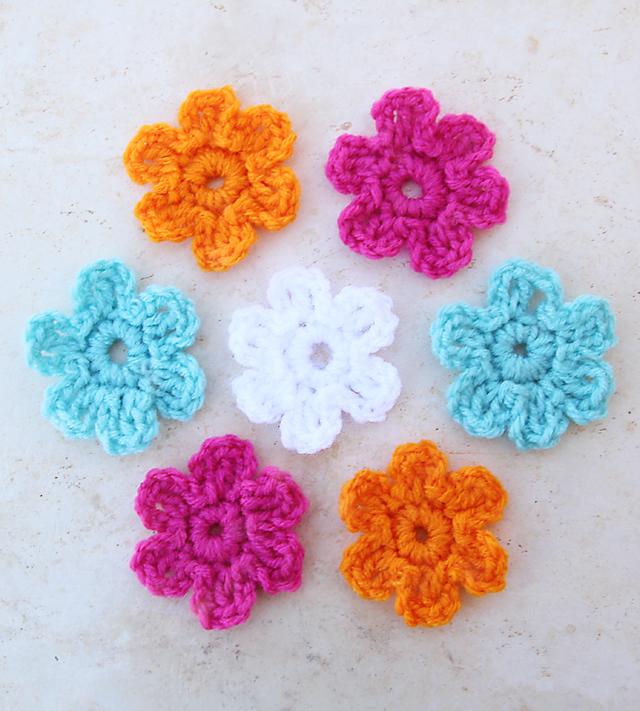 Wonderbaarlijk Quick Five MInute Crocheted Flower - creative jewish mom SO-03