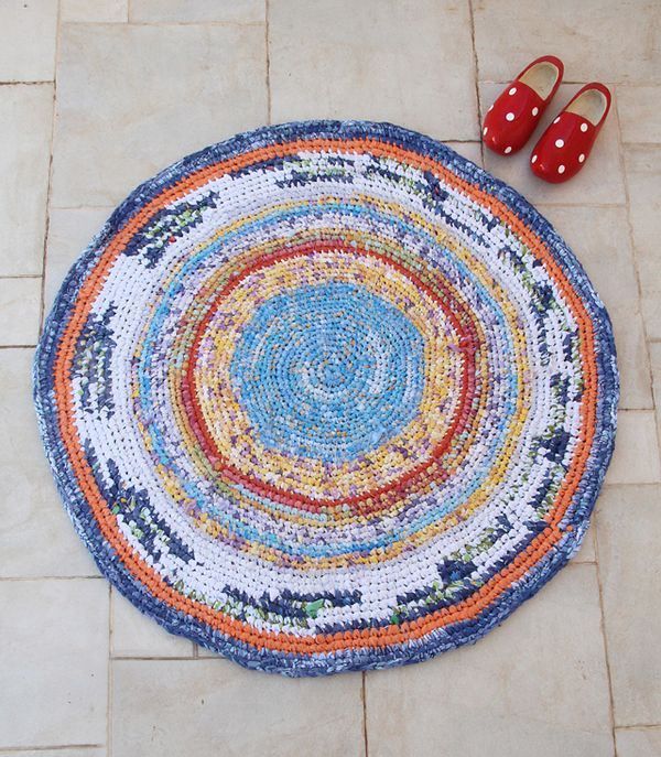 Crocheted Rag Rug From Sheets Completed!