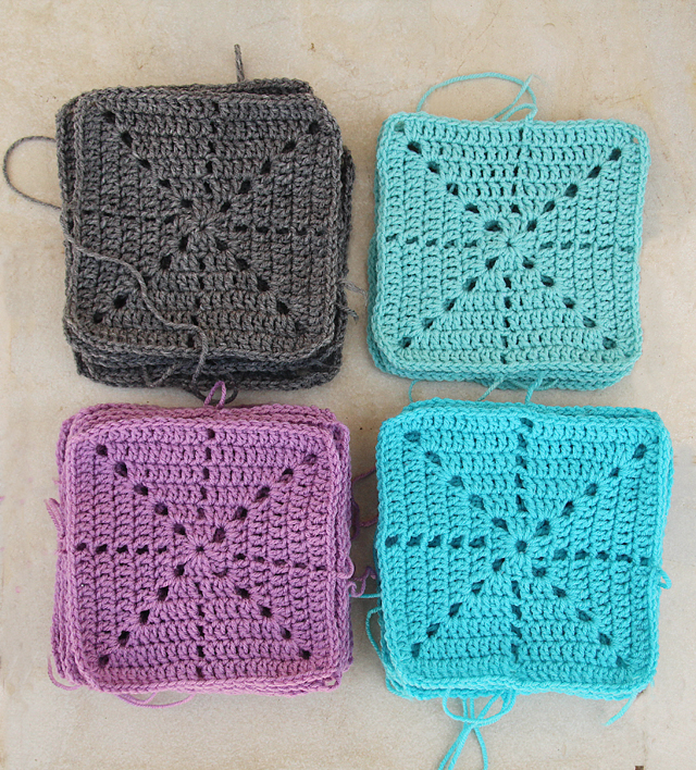 Filet Crochet simple snowflake squares