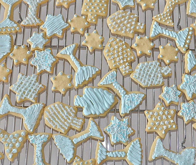 Hanukkah Cookies Piped Icing