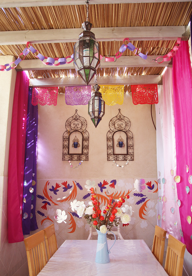 Succah Decorations by day 2012