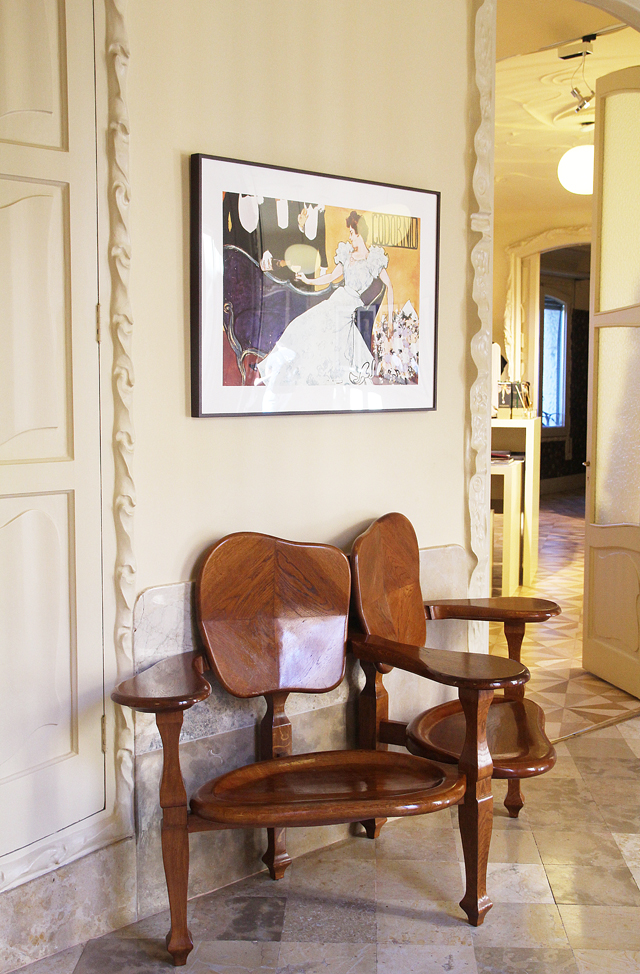 Casa Mila Double Chair