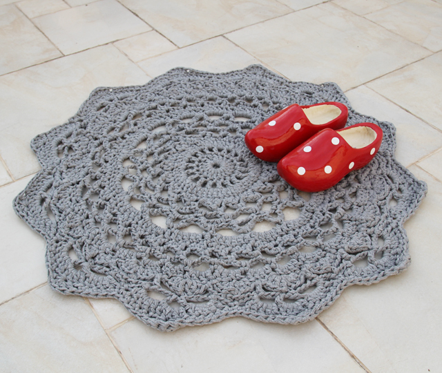 Giant Crocheted Doily Rug Pattern At Long Last Creative Jewish Mom