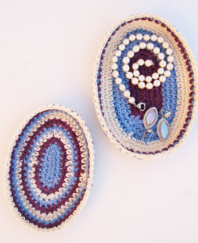 Crocheted Oval Nesting Trays