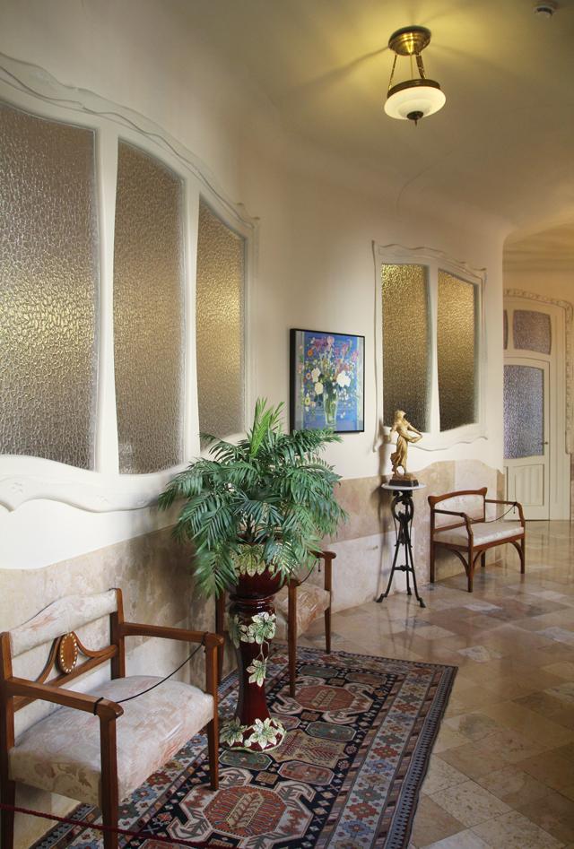 Casa Mila Apartment Back hallway2