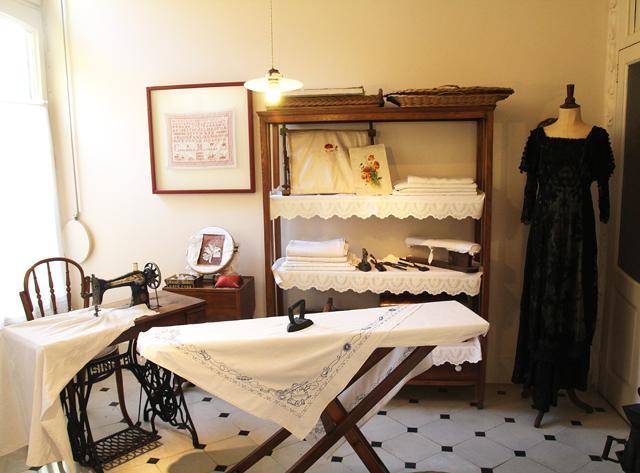 Casa Mila Apartment Sewing Room