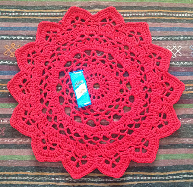 Crocheted T-Shirt Yarn Doiley Rug