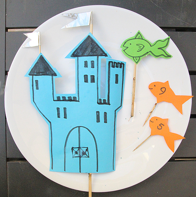 Quick cake decor castle under sea with fish
