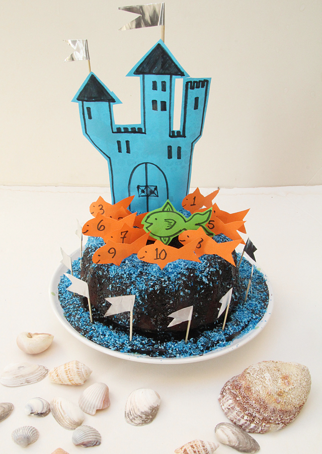 Quick Birthday Cake Decor- Castle In The Sea