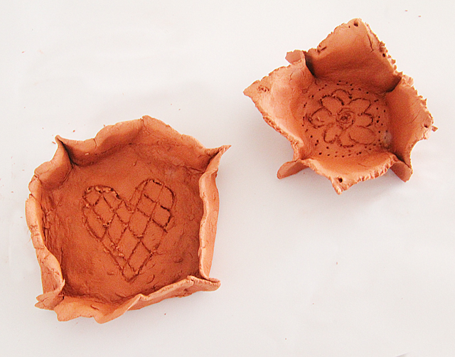 Clay Air Drying Small Dishes