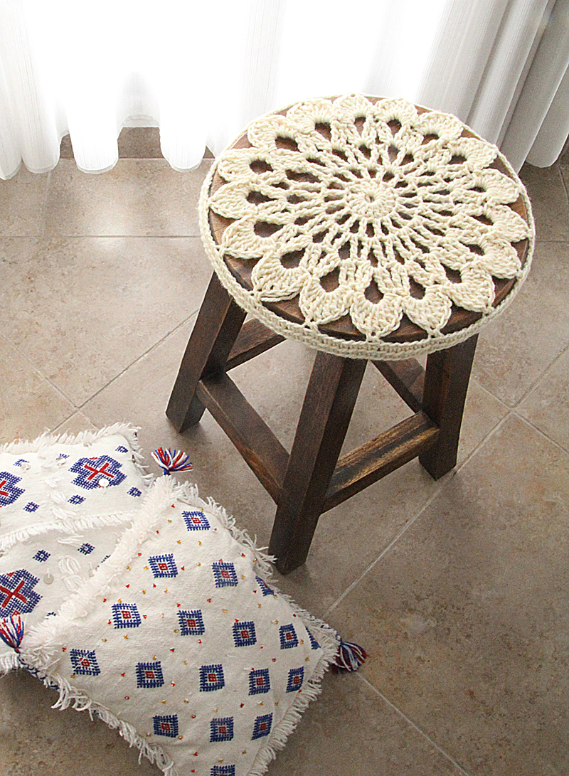 Marvelous Crocheted Doily Stool Cover Pattern Go For It Creative Uwap Interior Chair Design Uwaporg