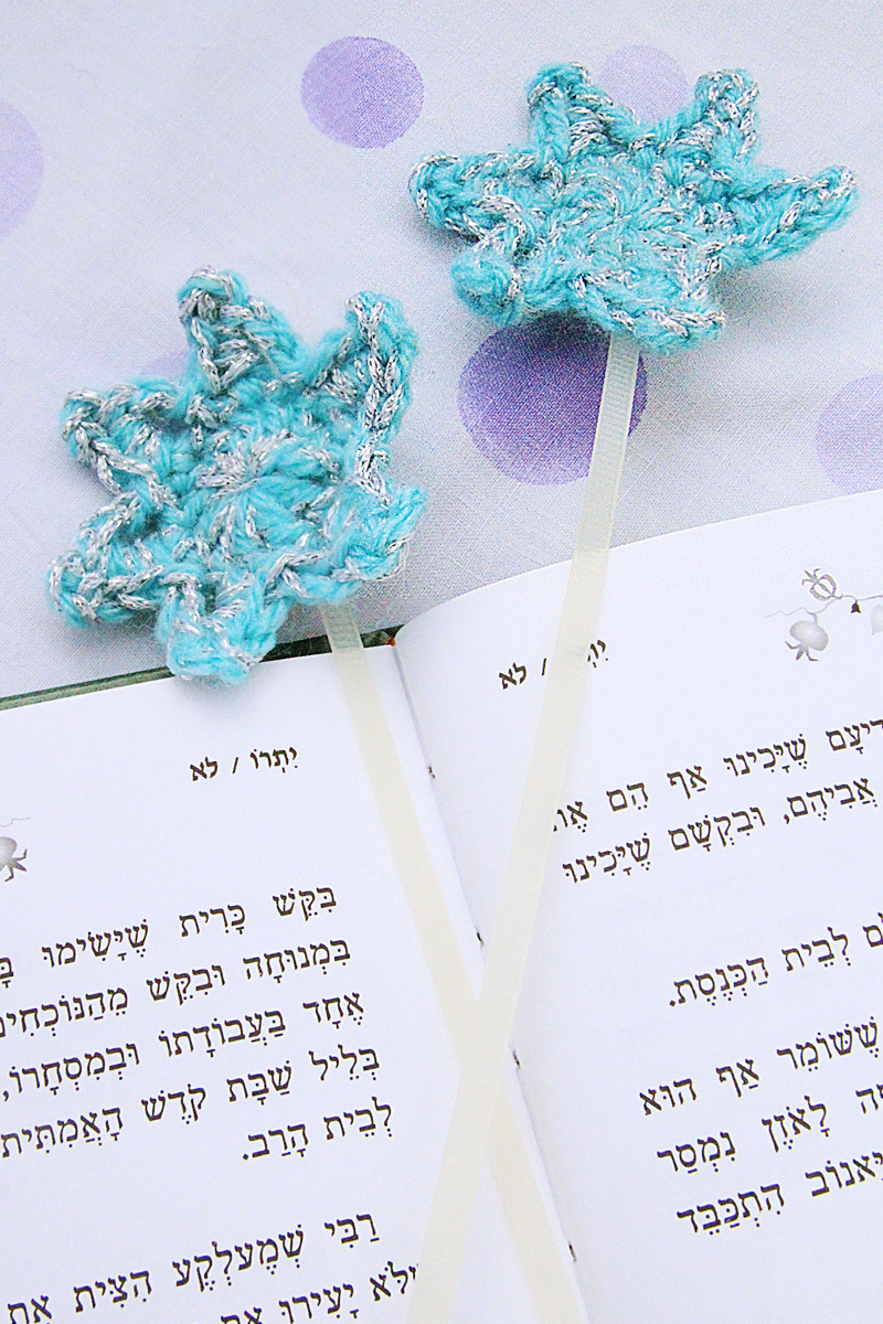 Small Crocheted Star Bookmarks With Zip Ties The Perfect Tiny Gift