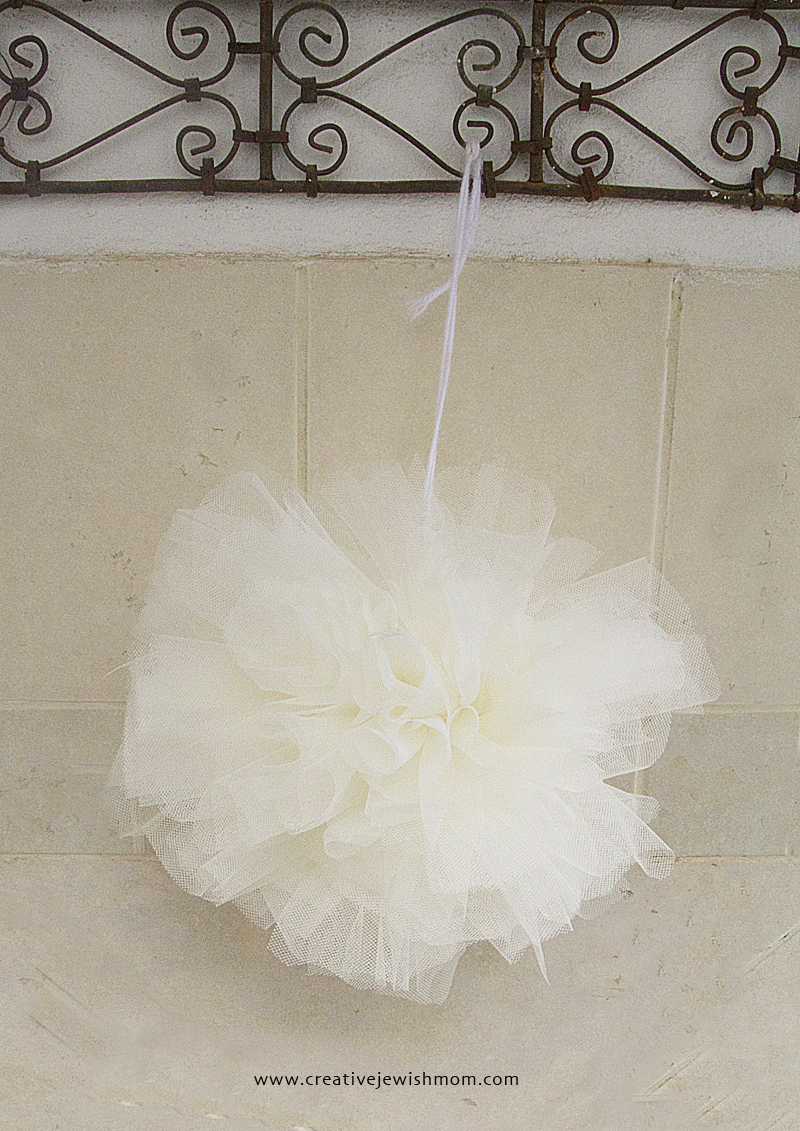 Tulle Pom Pom With Tulle Ribbon