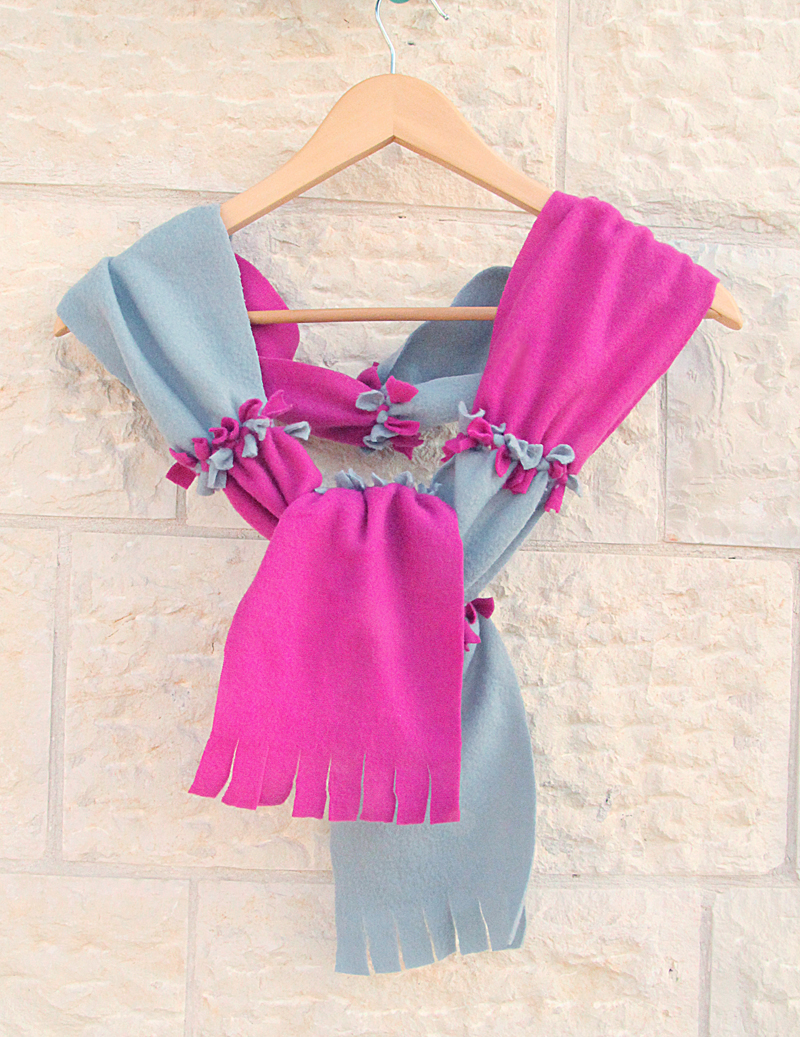 New Sew Fleece Color Block Scarf 800